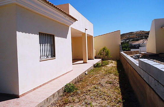VILLAS HUEVANILLAS.   3/2    105.000€  plot 675m2